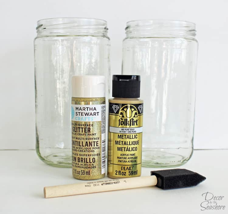 I just love DIY glitter glass jars, but really hate the glitter mess! This is the perfect way to get the glitter look without mess! I can't believe I never thought of this before! So easy, and they make the perfect budget-friendly party centerpieces! | decorbytheseashore.com