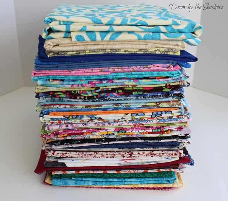 Why is it always so hard to keep craft supplies organized? This is so helpful for learning how to declutter your craft supplies and keep them that way! | decorbytheseashore.com