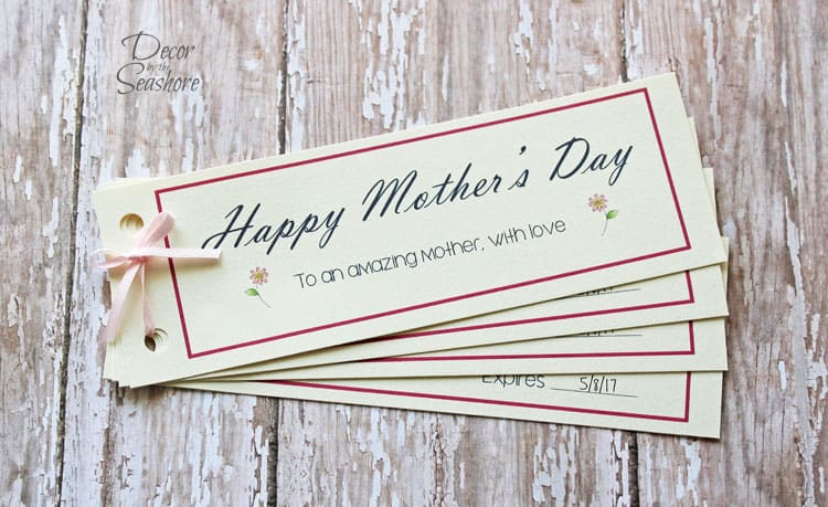 I can never decide what to get Mom for Mother's Day, so these free Mother's Day coupons are perfect! Just print them out and customize them with her favorite activities and hobbies. Too easy!   decorbytheseashore.com