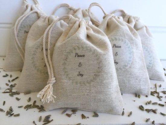 Lemons, Lavender, and Laundry- DIY Lavender Sachets