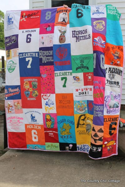 DIY T-shirt Quilt- The Country Chic Cottage