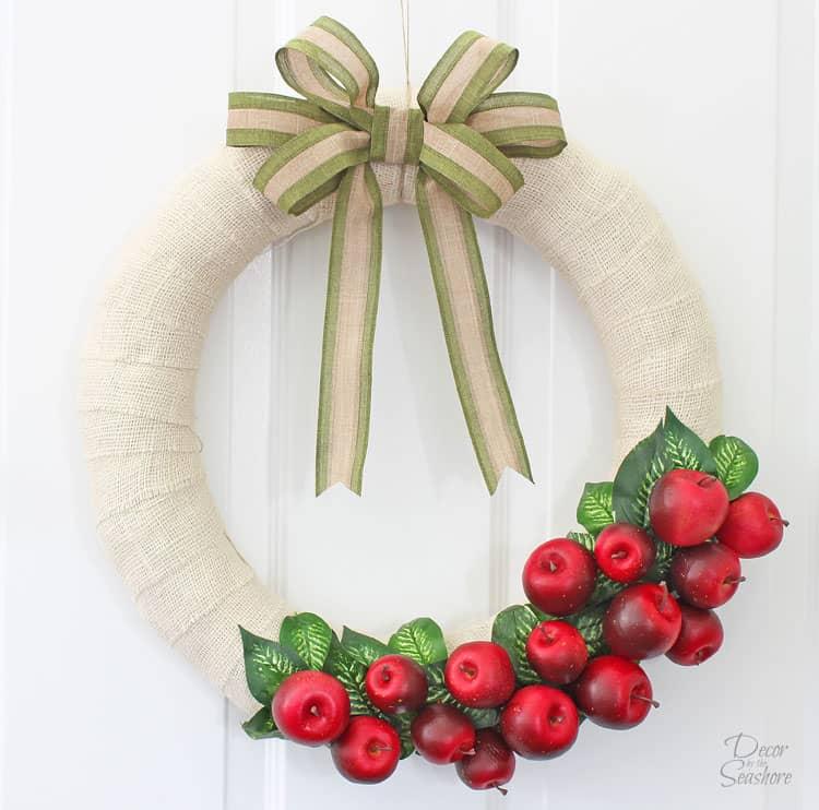 DIY Interchangeable Fall Apple Wreath- Easily Change It