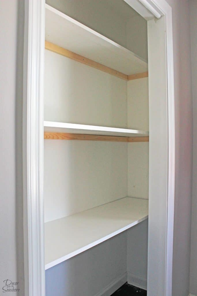 In Need Of More Closet Storage? This Easy Tutorial Shows You How To Make  Custom