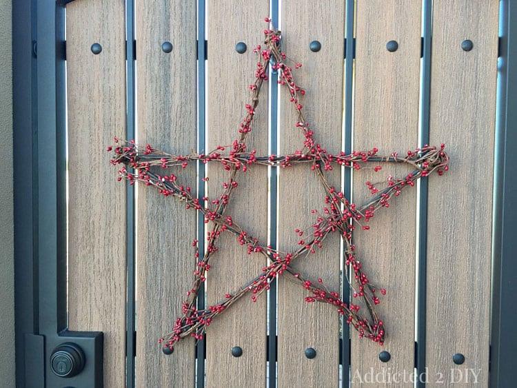 Addicted 2 DIY- Star Wreath